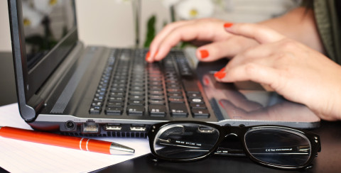 3 Easy Ways to Prevent Digital Eye Strain